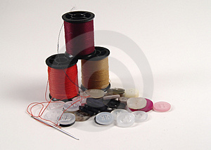 Buttons And Thread Royalty Free Stock Photo - Image: 8265