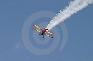 Aerial Swoop Royalty Free Stock Image - Image: 11726