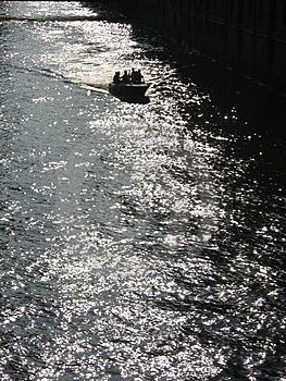 Loading Canal I Royalty Free Stock Photo - Image: 12515