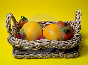 Fruit In Basket Royalty Free Stock Images - Image: 13089