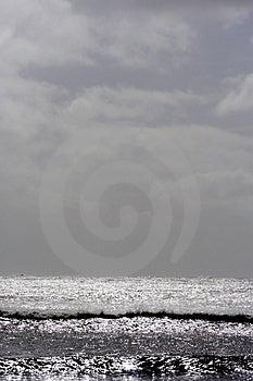 闪耀的海景挺直 免版税库存图片