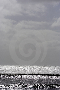Glistening Seascape Upright Free Stock Image