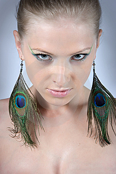 Close-up Beautiful Fashion Model Royalty Free Stock Images - Image: 10003539