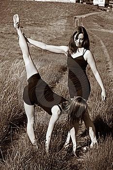 Ballerinas Stretching Royalty Free Stock Image - Image: 10078526