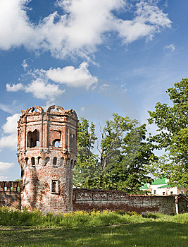 Ruined Tower Royalty Free Stock Photography - Image: 10097197