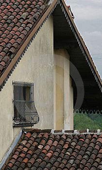 Corner Of The House Royalty Free Stock Images - Image: 1011189