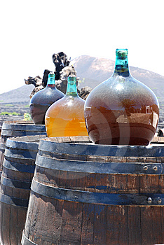 Bottle Of Vine On Cask Royalty Free Stock Photos - Image: 10304908