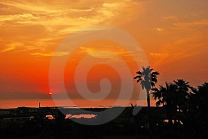 Serene Tropical Sunset Royalty Free Stock Photography - Image: 10321897