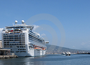 Cruiseshhip Royalty Free Stock Photography - Image: 10326897