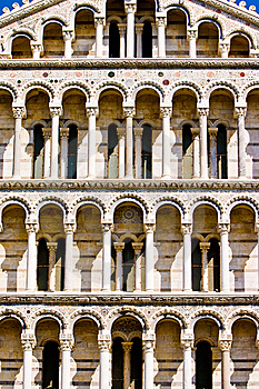 Duomo Cathedral Near The Leaning Tower Pisa Italy Royalty Free Stock Images - Image: 10330539