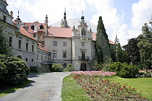 The Castle Pruhonice Stock Images - Image: 10333834