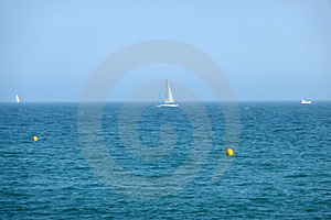 Sail Boat In Sea On Brighton Coast Royalty Free Stock Images - Image: 10353579