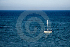 Sailing Boat Royalty Free Stock Images - Image: 10355069
