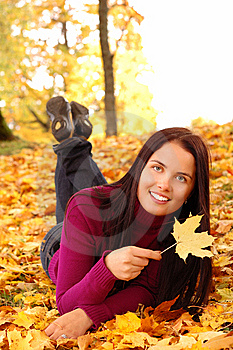 Young Beautiful Woman In The Park Royalty Free Stock Photos - Image: 10359148