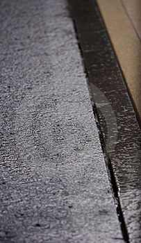 Une Piscine Pluvieuse Image libre de droits - Image: 1063286