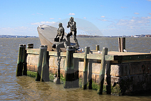 Fischer-Statue Lizenzfreies Stockbild - Bild: 1066386