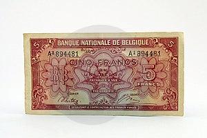 Gammal Valutaräkning Royaltyfri Fotografi - Bild: 1070587