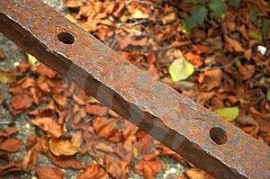 Barras de hierro con los agujeros Foto de archivo