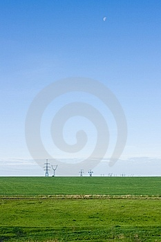 Green field and blue sky Royalty Free Stock Photo