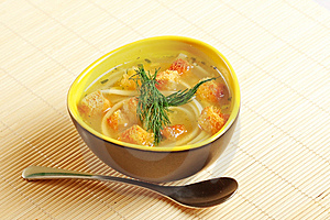 Bowl of chicken noodle soup Royalty Free Stock Photos