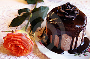 Easter chocolate cheesecake with roses Stock Photography