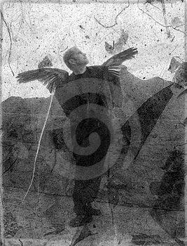 Вверх смотреть упаденного ангела Стоковая Фотография