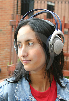 Girl Listening To Music - Cata Free Stock Photos