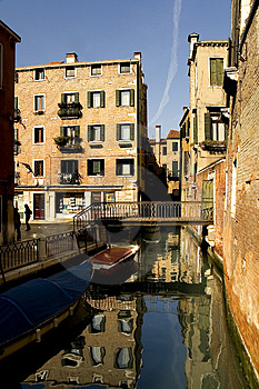 Along The Streets Of Venice Free Stock Photography