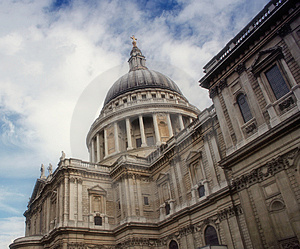 The Mighty St Paul Cathedral, London Stock Photos - Image: 1203213