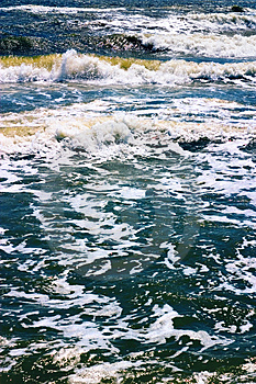 Sea Waves Royalty Free Stock Images - Image: 1289019