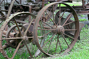 Oud Rusty Plow Wheels Royalty-vrije Stock Foto