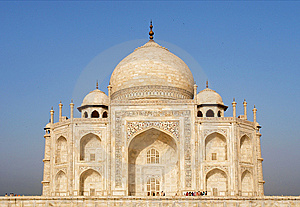 Overview Of The Taj Mahal Royalty Free Stock Image - Image: 13008676