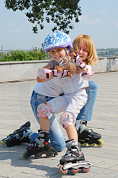 Family Rollerblading Stock Photos - Image: 13568773
