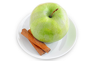 Apple And Cinnamon On A Plate Stock Photos - Image: 13573373
