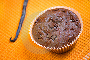 Muffin Cake Chocolate Dessert Royalty Free Stock Images - Image: 13575979