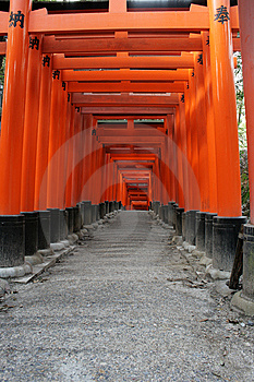 Red Torii Gates Japan Royalty Free Stock Images - Image: 13576419