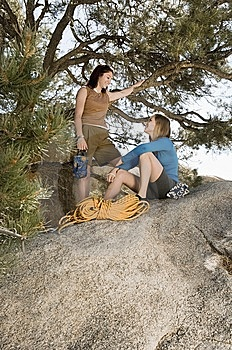 Two Women Climbers On Boulder Royalty Free Stock Images - Image: 13585239