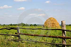 Haystack Royalty Free Stock Photography - Image: 13588987
