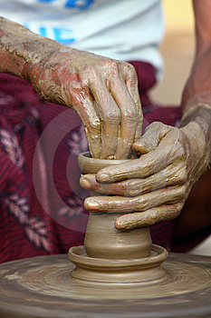 Indian Potter Stock Images - Image: 13594584