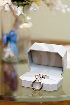 Wedding Rings & Floral Vase Stock Image - Image: 13594751