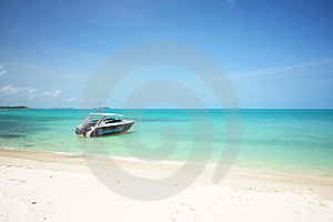 Speed Boat On The Beach Of Samed Island Stock Images - Image: 13596924