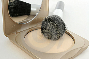 Powder Compact and Brush