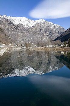 Guillemore Lake Stock Image - Image: 13603581