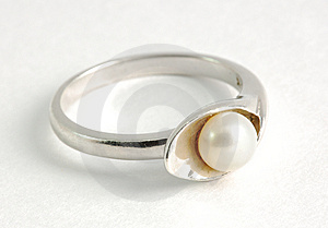 Silver Ring With Pearl Royalty Free Stock Photos - Image: 13614538
