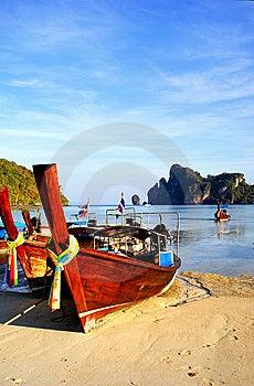 Longboat Paradise Royalty Free Stock Images - Image: 13627039