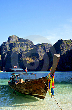 Perfect Longboat Royalty Free Stock Image - Image: 13641576