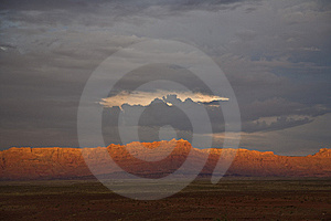 Range In Spectacular Sunset Light Stock Image - Image: 13666181