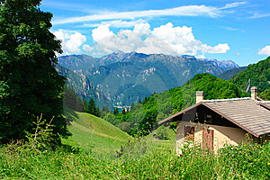 Mountain Scenery Royalty Free Stock Photos - Image: 13687778
