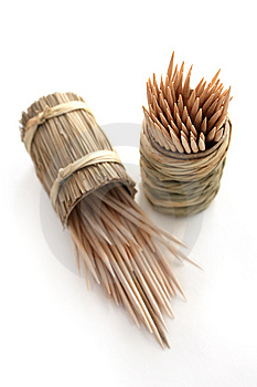 Round Bamboo Box Of Toothpicks Stock Images - Image: 13690504