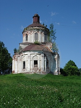 Destroyed Church In Russia Royalty Free Stock Image - Image: 1372426